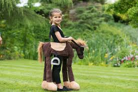 POR Ride on Pony Travis verkleden paarden carneval