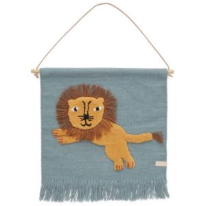 oyoy interieur kinderkamer babykamer online wijs west kraamcadeau hanger leeuw