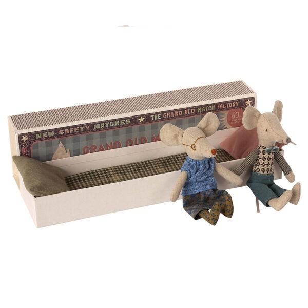 16-1743-01 Maileg Grandma and Grandpa mice WIJS WEST